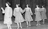Moderner Tanz nach einer Musicalmelodie
