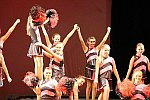 Nachwuchstanzgruppe zur Eröffnung des 2. Teils als Cheerleader