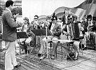 Kleine Musikbesetzung mit Rudi König zu Betriebsfestspielen 1975