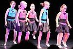 Kinder der Kindertanzgruppe 2: Wir lernen Jazz